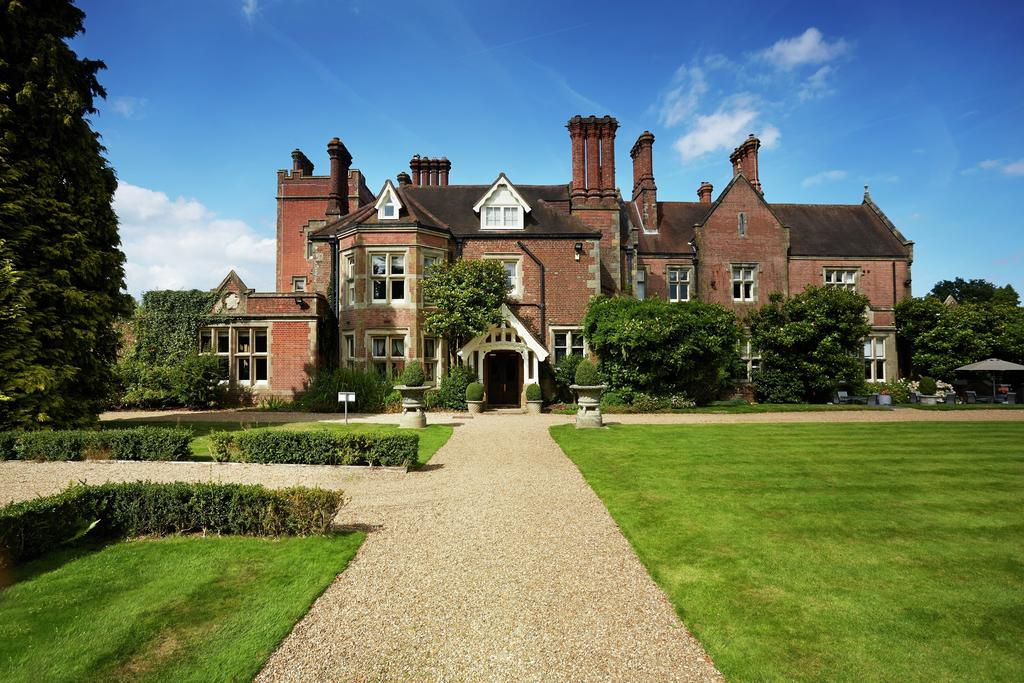 Large Victorian country house set in the English countryside